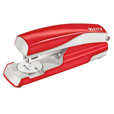 Hæftemaskine Leitz 5502 rød - hæfter op til 30 ark