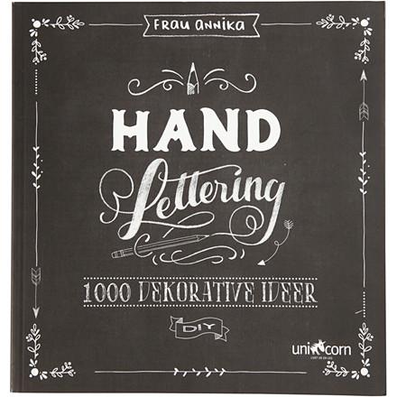 Inspirationsbog til 'Hand Lettering', str. 22x23 cm, tykkelse 2 cm, dansk tekst, 1stk., 143 sider