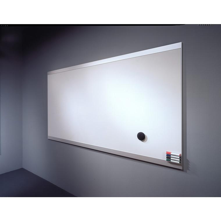 Abstracta whiteboardtavle - hvid 100 x 130,5 cm med ramme i aluminium