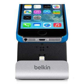 Belkin  iPhone 5/6 Charge & Sync Dock, Silver