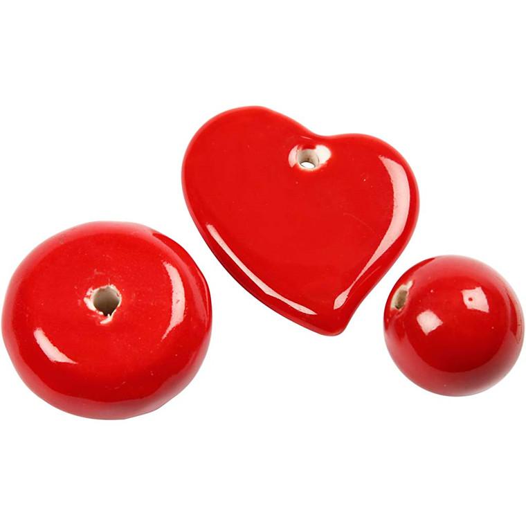 Trend keramik, str. 24-36 mm, hulstr. 2-3 mm, rød, hjerte, bold og stor flad rund perle, 3ass.