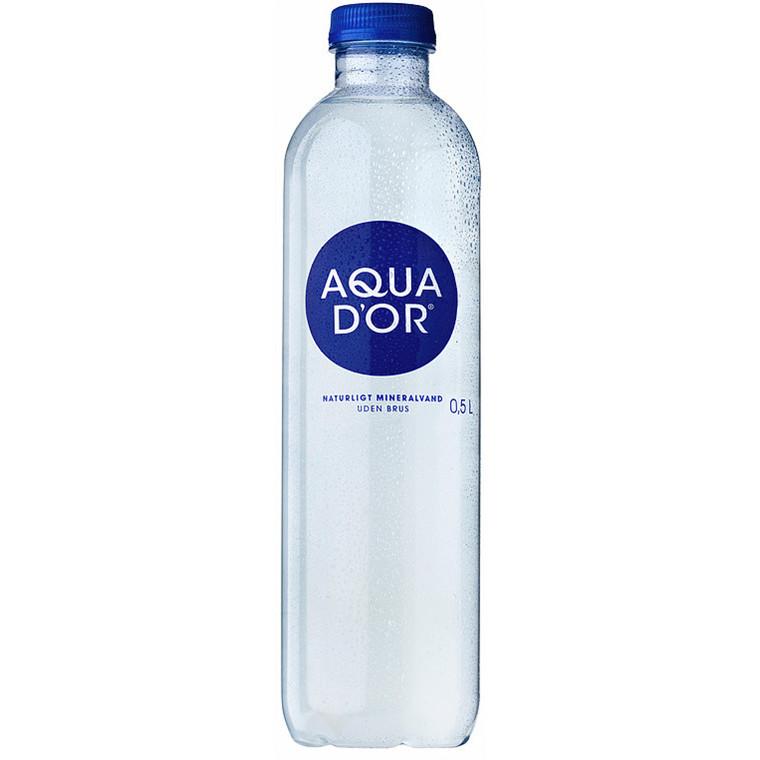 Vand Aqua D'or 50 cl i en flaske - 20 flaske med pant 1,50 kr.
