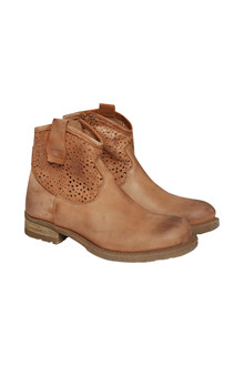 CREAM CASSIE BOOT 10401013 C