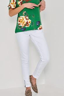 5f81fffb0a Buy Denim-Hunter jeans online - Worldwide delivery
