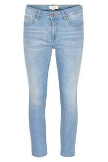 PART TWO ALECIAS II JEANS