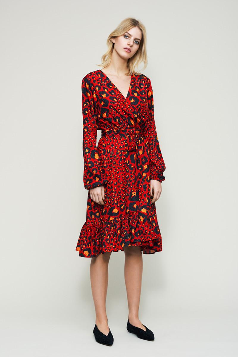 gestuz leopard kjole