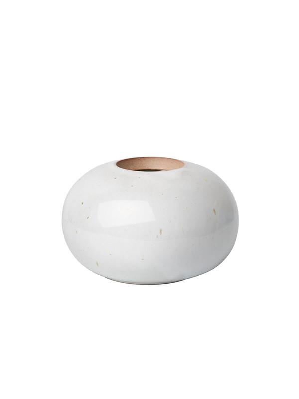 Round vase af Cecilie Manz