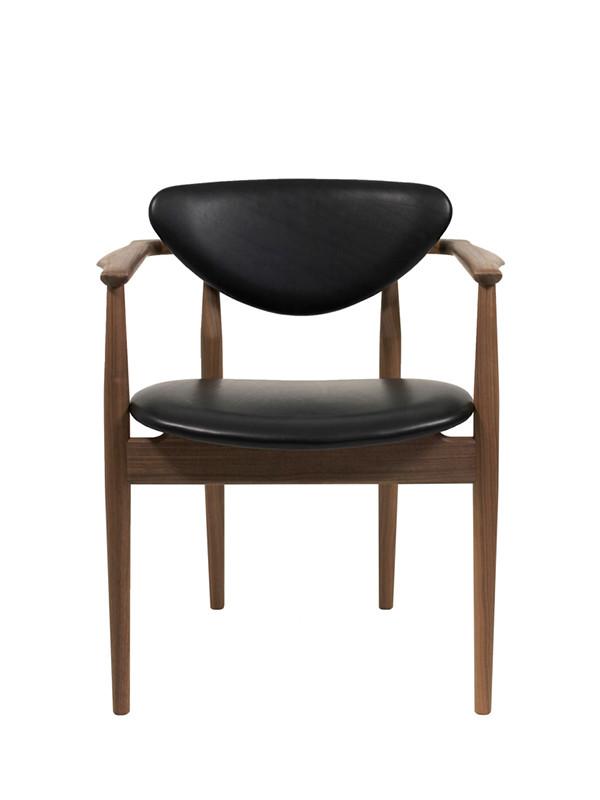 109 Chair af Finn Juhl