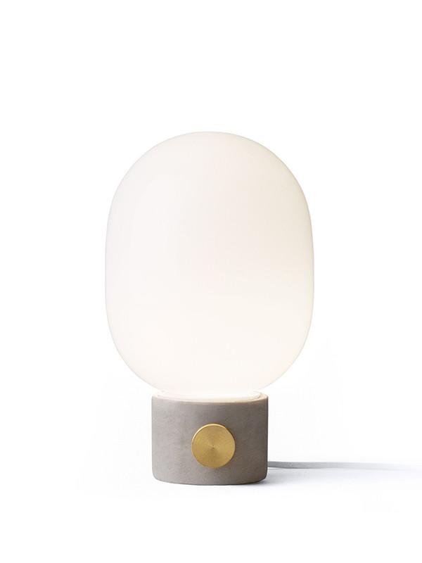 JWDA Concrete bordlampe fra Menu