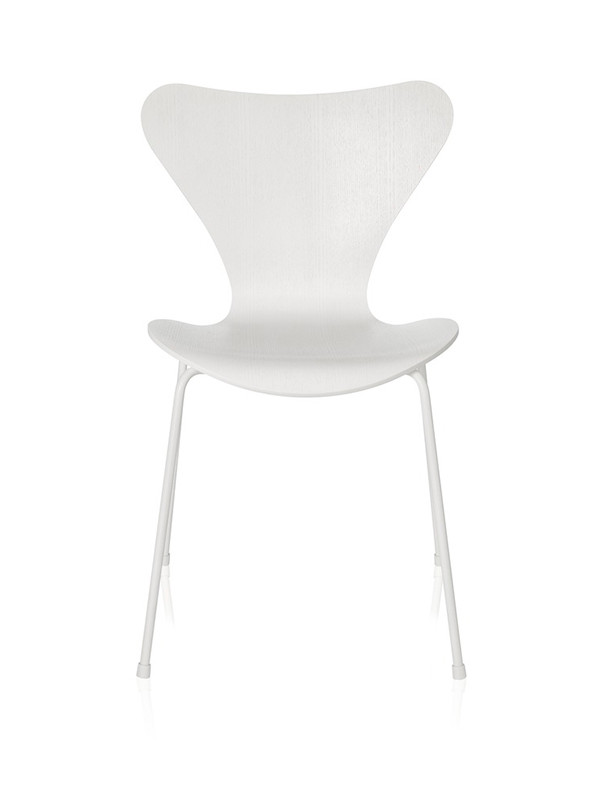 Serie 7 spisestol, monokrom af Arne Jacobsen