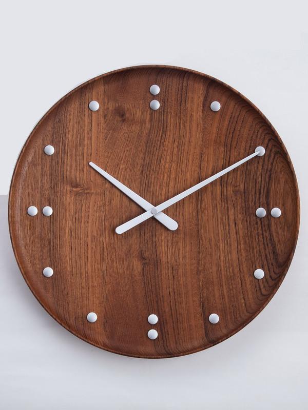 FJ Clock af Finn Juhl