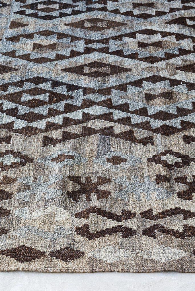 Natural Kelims tæppe fra Massimo