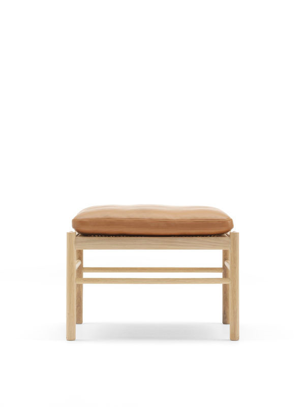 Skammel til Colonial Chair af Ole Wanscher