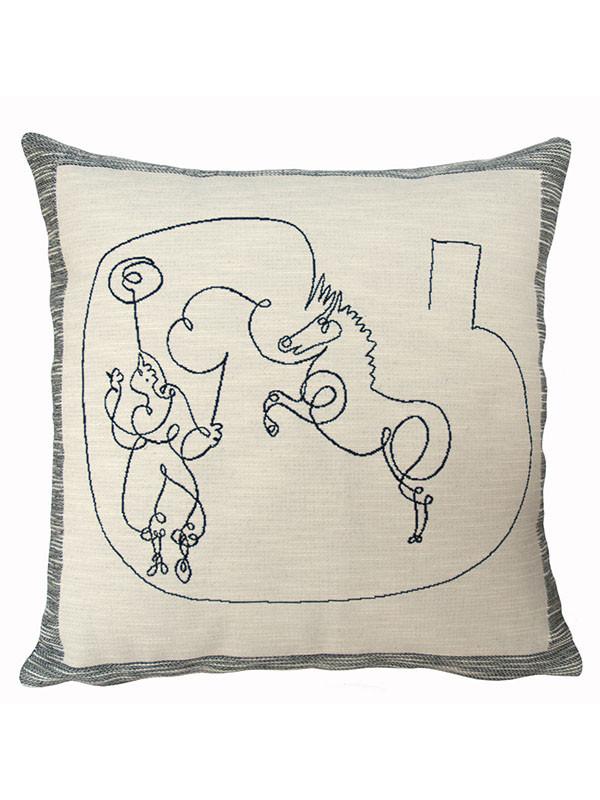 Picasso Cheval Et Dresseur pude fra Poulin Design