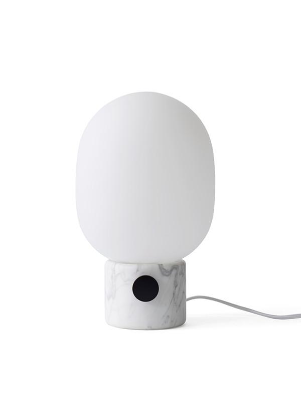 JWDA bordlampe i hvid marmor fra Menu