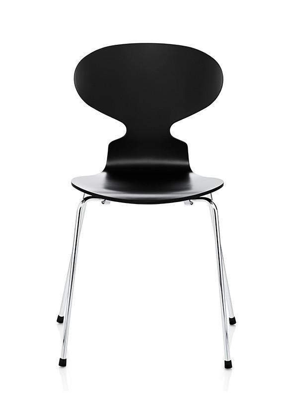 3101 Myren stol fuldlakeret af Arne Jacobsen