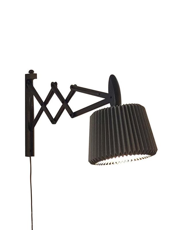 Snowdrop sakselampe med papirskærm fra Le Klint