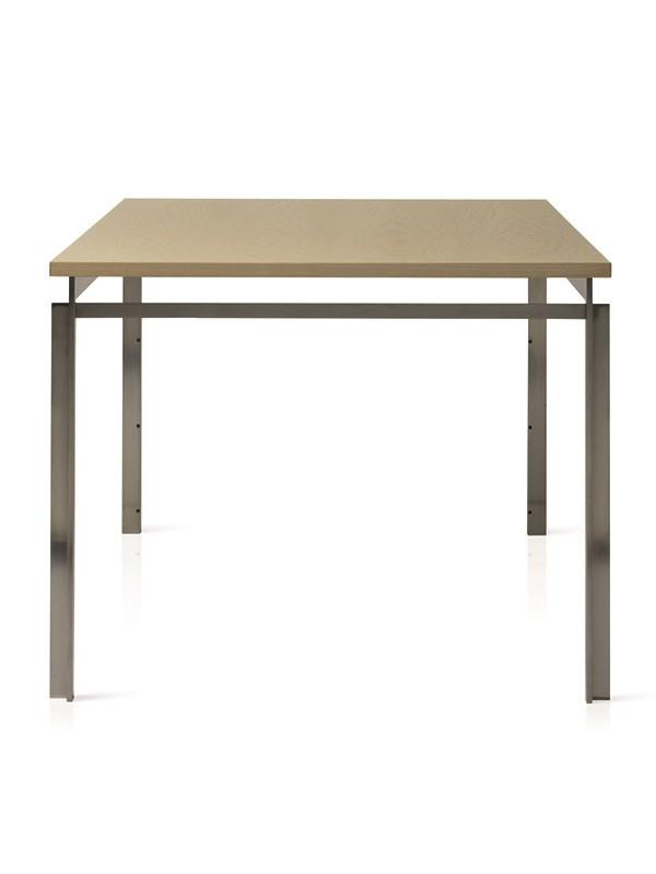 PK51 bord af Poul Kjærholm