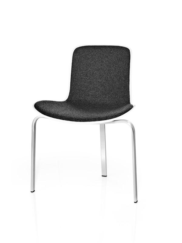 PK8 stol af Poul Kjærholm