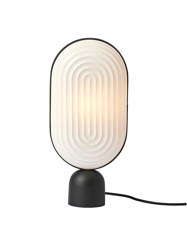 Arc bordlampe fra Le Klint
