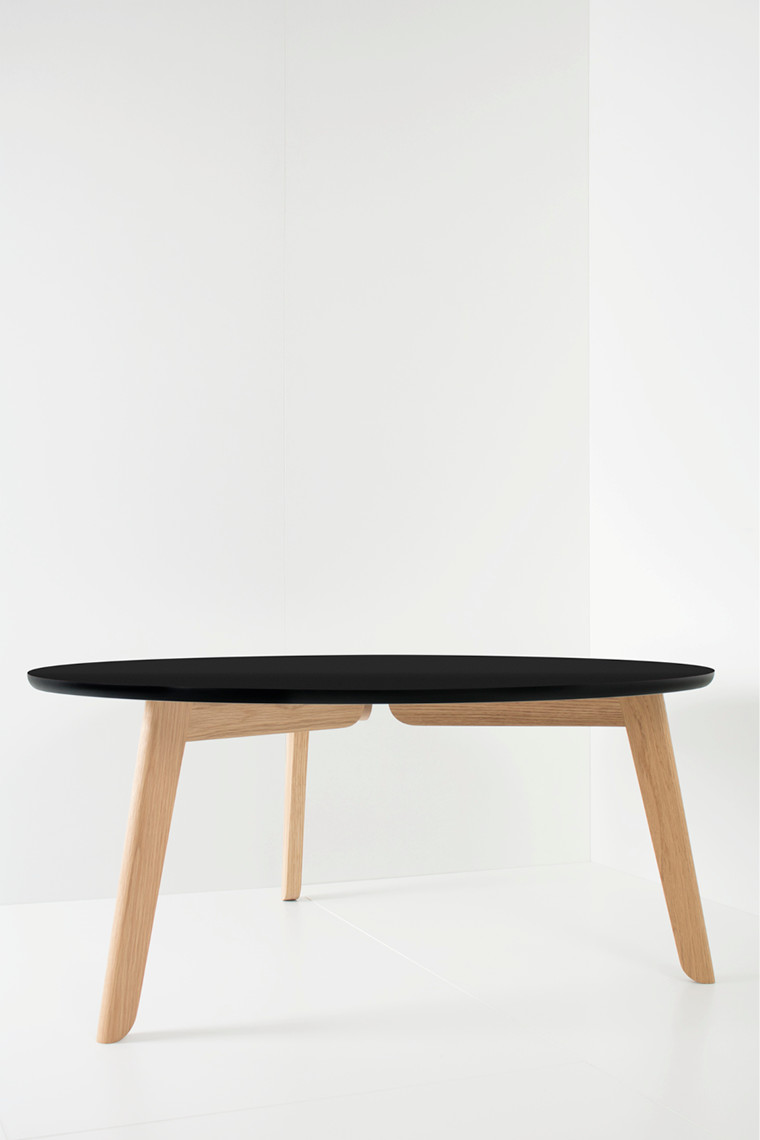 Beck coffee table fra Foxy Potato