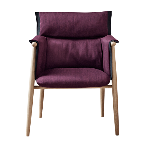 E005 | Embrace Chair af EOOS