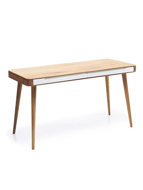 Ena skrivebord fra Gazzda