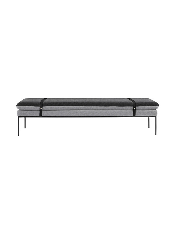 Turn daybed (Cotton black leather straps) fra Ferm Living