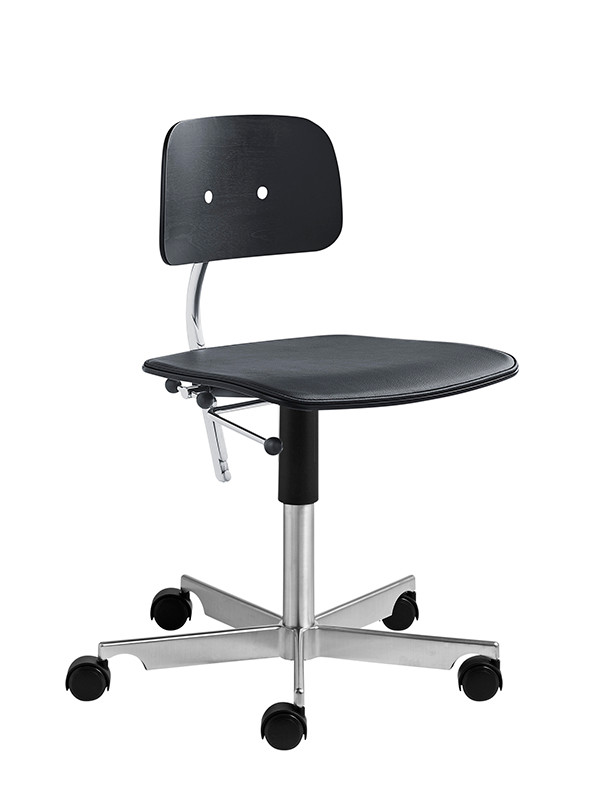 Kevi 2533 kontorstol med sædepolstring fra Engelbrechts