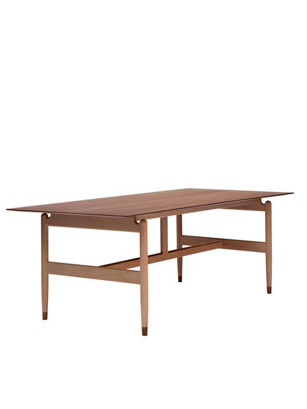 Kaufmann bord af Finn Juhl
