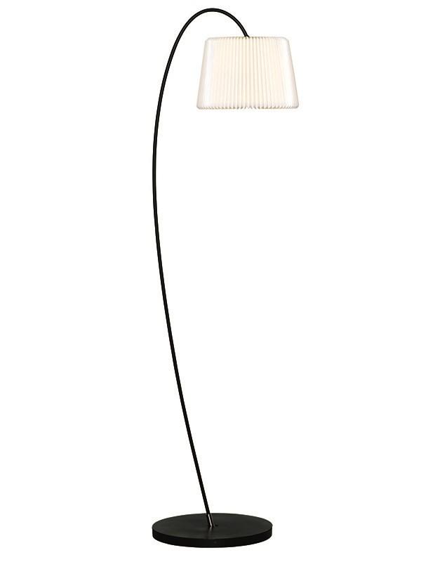 Snowdrop 320 standerlampe fra Le Klint