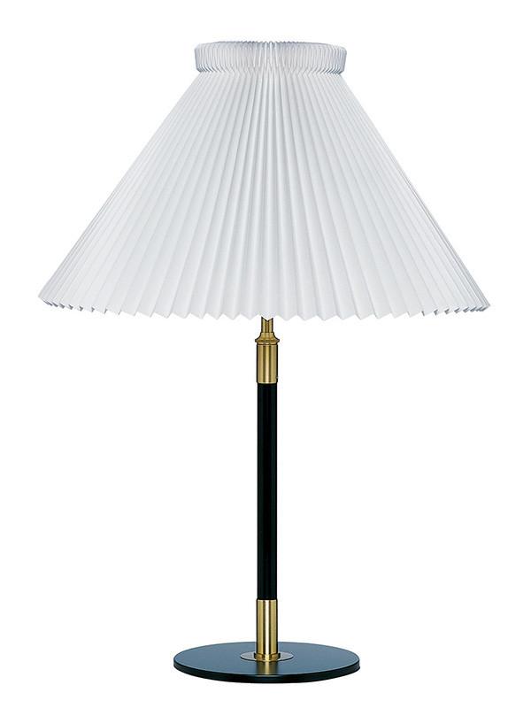 352 bordlampe fra Le Klint