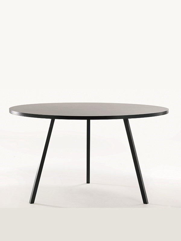 Loop stand round table fra Hay