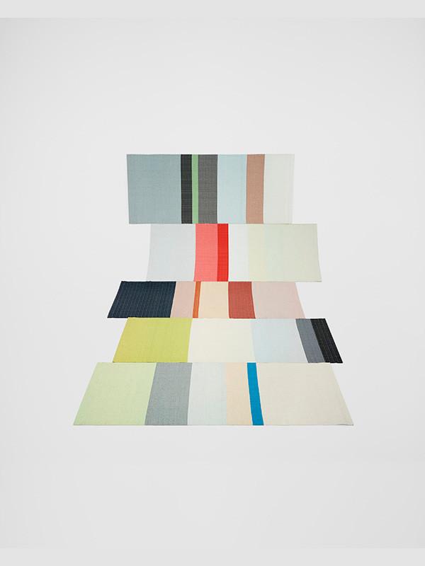 Paper carpet fra Hay