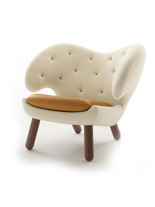 Pelikan stol med knapper af Finn Juhl