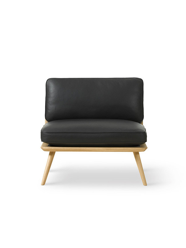 Spine Lounge Chair fra Fredericia Furniture