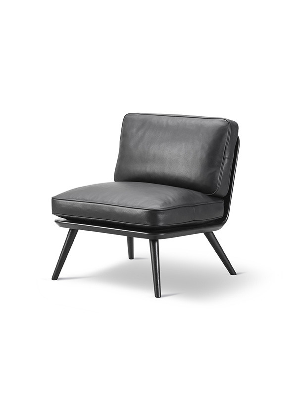 Spine Lounge Chair Petit fra Fredericia Furniture