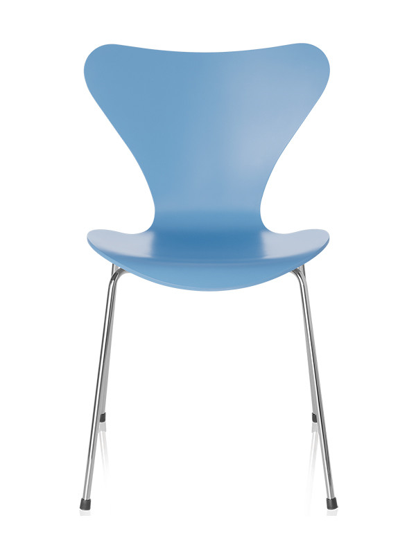3107 | Serie 7 stol fuldlakeret af Arne Jacobsen