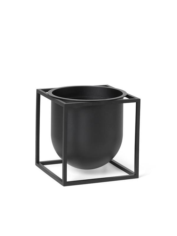 Kubus Flowerpot 14, sort fra By Lassen