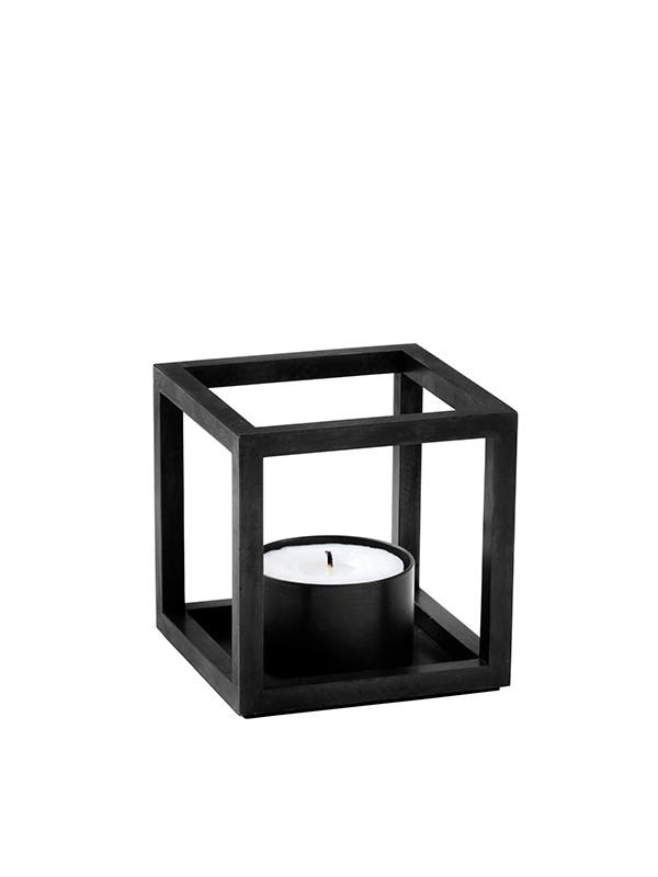 Kubus T sort fra By Lassen