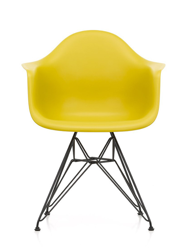 Eames Plastic Armchair (DAR), sort pulverlakering