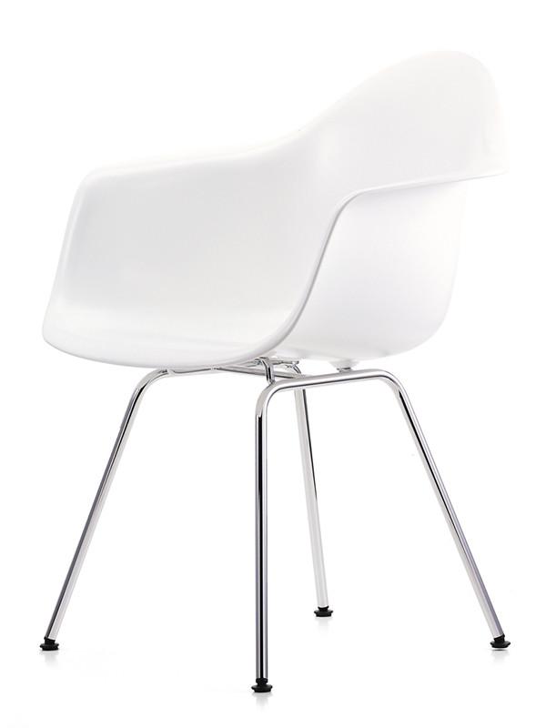 Eames Plastic Armchair (DAX), forkromet