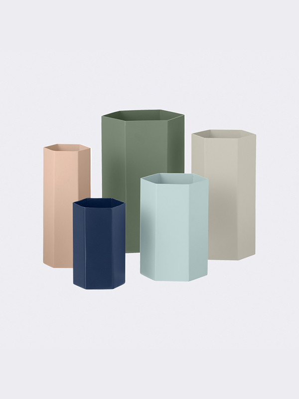 Hexagon vase fra Ferm Living