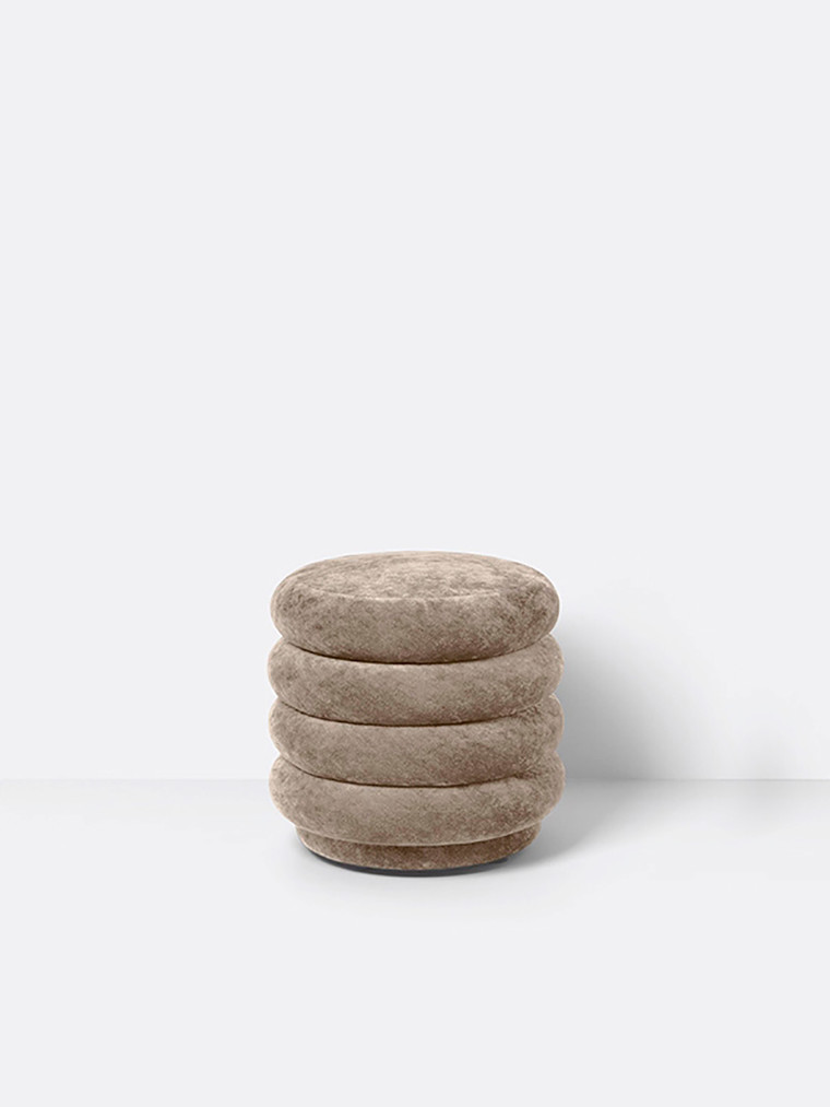 Pouf Round - faded velvet small fra Ferm living