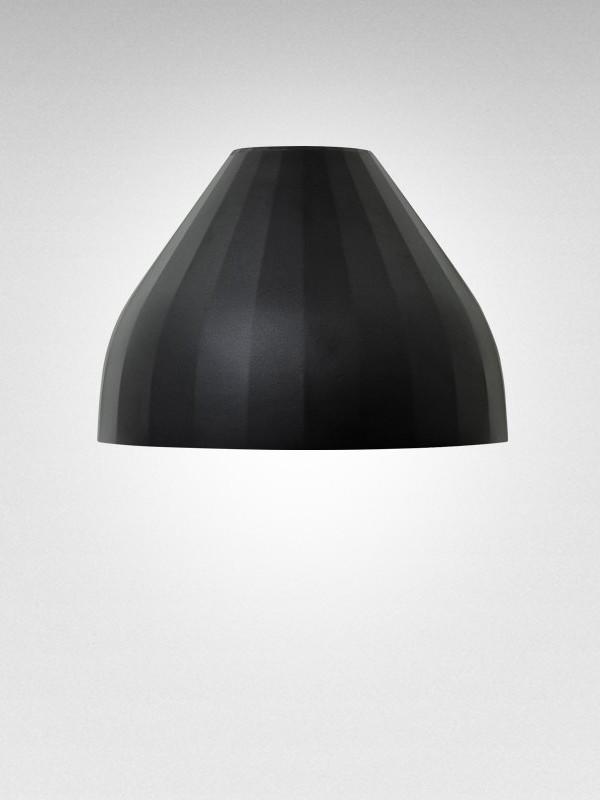 Facet væglampe fra Le Klint
