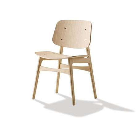 Søborg stol med træstel af Børge Mogensen