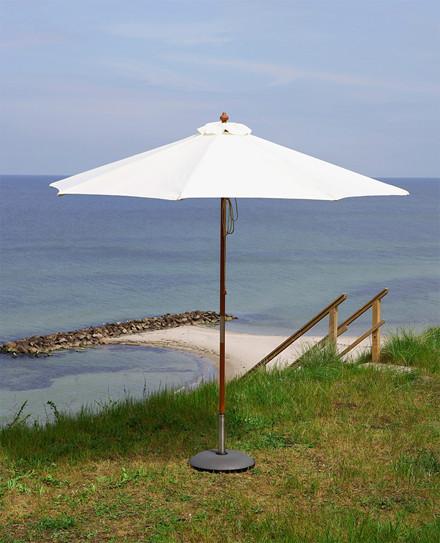 Catania parasol, meranti Ø270 fra Skagerak