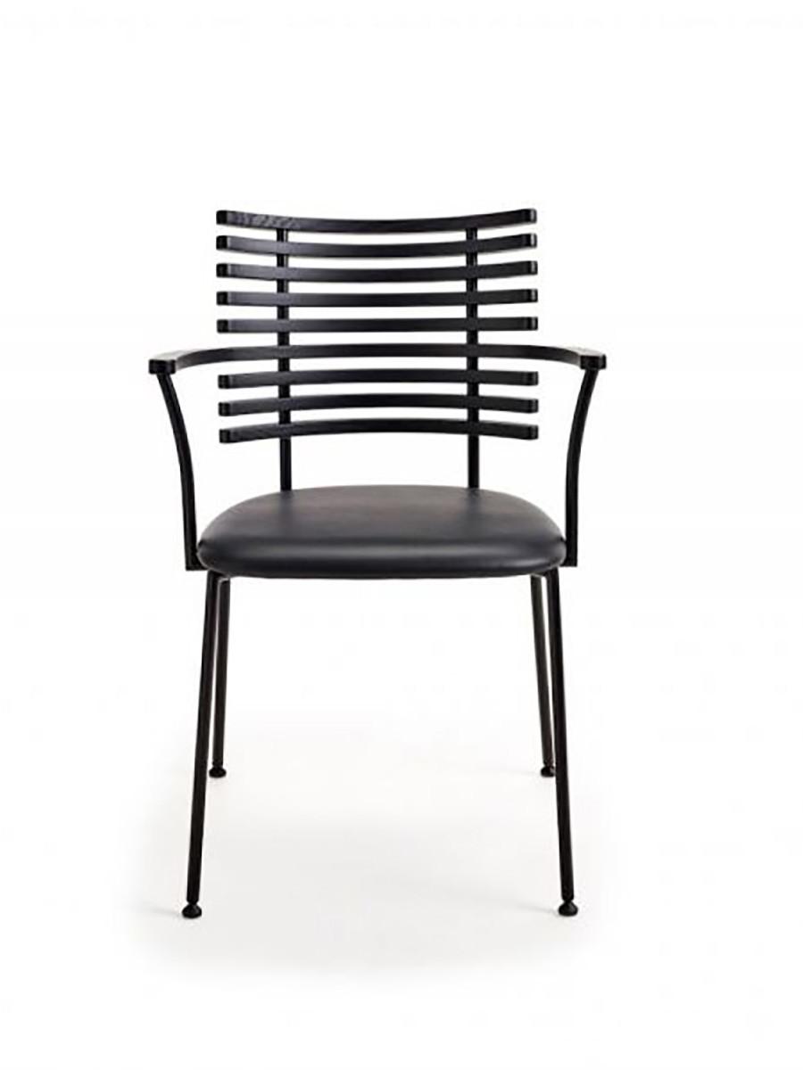 Naver Tiger armstol   Køb spisestolen fra Naver her