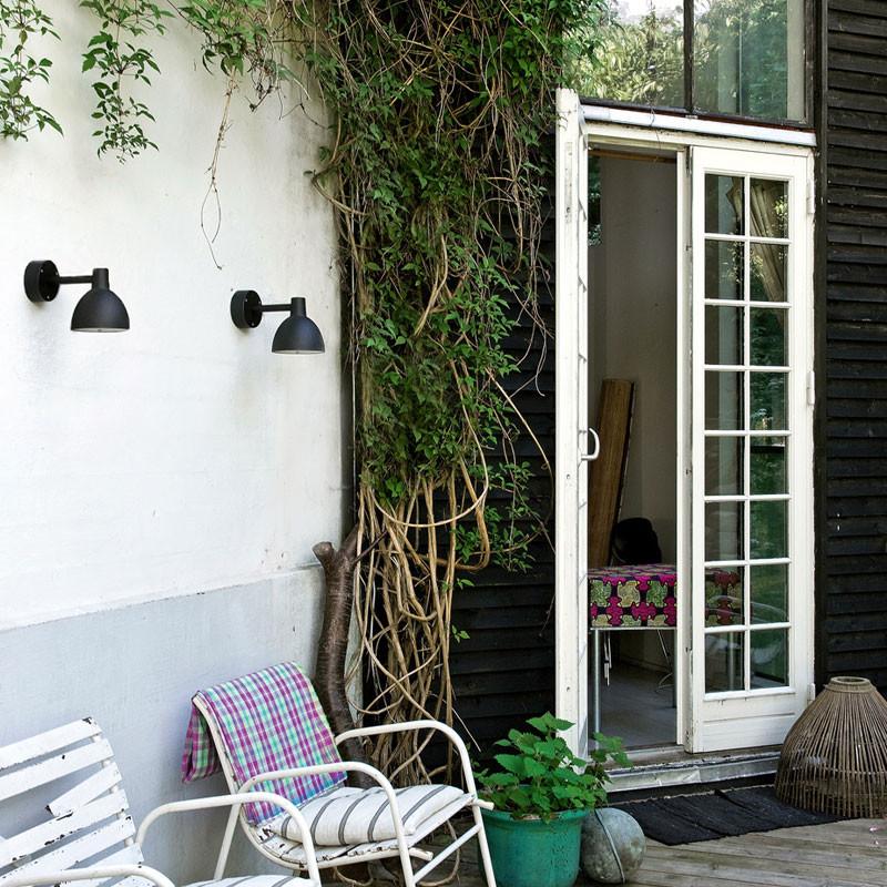 Toldbod 155 væglampe | Køb Louis Poulsen udendørs væglampe