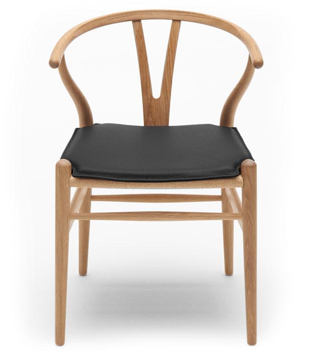 hynde til y stolen k b s dehynden fra carl hansen her. Black Bedroom Furniture Sets. Home Design Ideas